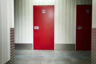 puerta-trastero-mudanzas-ebm-e1566213705468.jpg